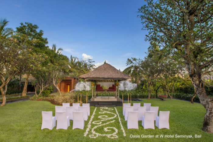 Stylist intimate Wedding at Seminyak