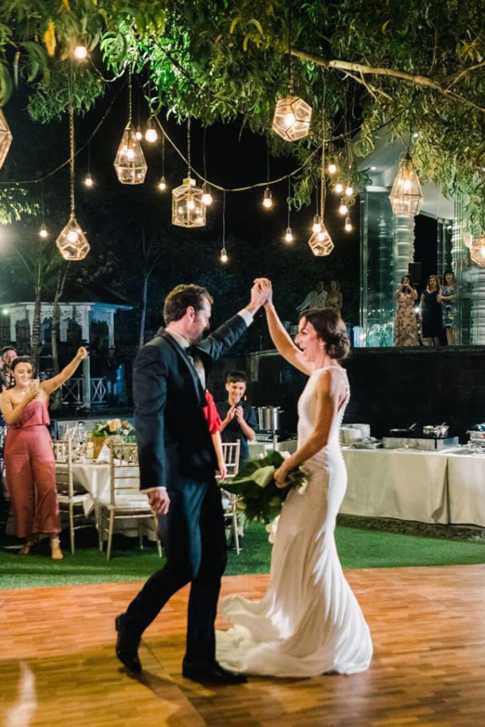 The 20 Favorite First Dance Songs For Your Wedding Night Bali Wedding Easy